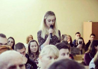 c_400_280_16777215_00_images_news_2016-12-11-onr-piotrkow-bronislaw-komorowski-debata.jpg