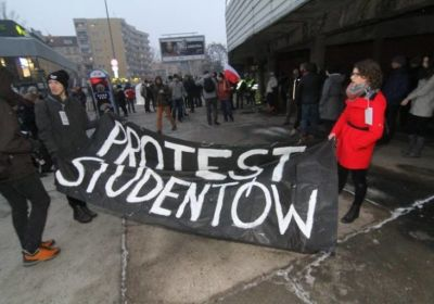 c_400_280_16777215_00_images_news_2017-02-08-protest-studentow-patrycja-resel.jpg