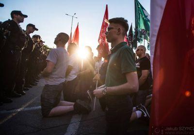 c_400_280_16777215_00_images_news_2017-06-02-protest-klatwa.jpg