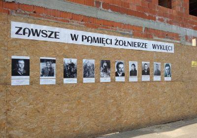 c_400_280_16777215_00_images_wieruszow-plakaty.jpg